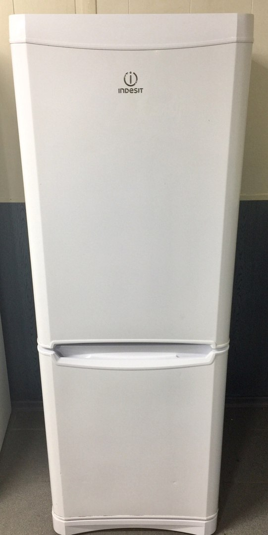 Indesit No frost 8000